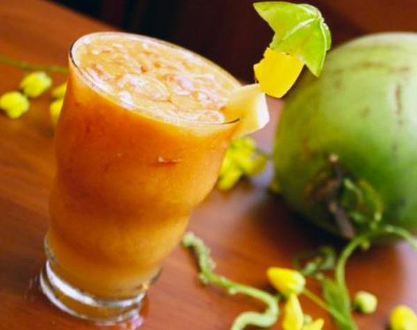 água de coco com frutas papogula