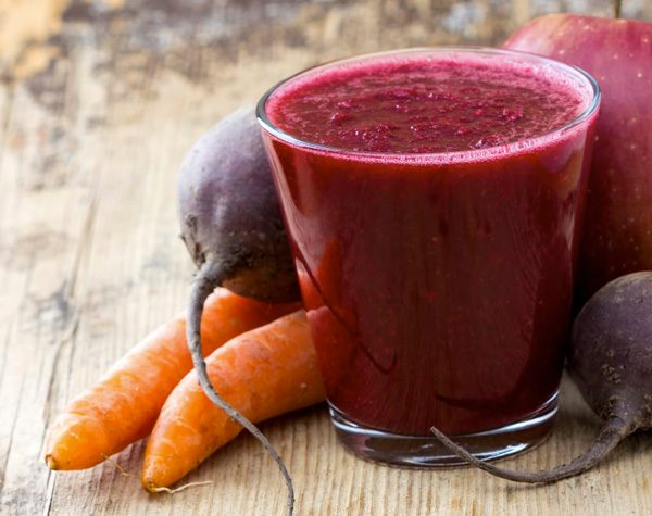 sucos para manter o bronzeado papo gula - beterraba com cenoura